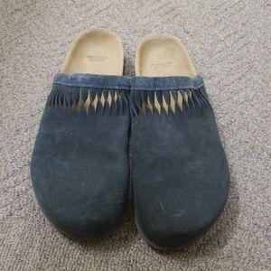 American Eagle sandlas size 9